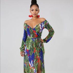 Dresses & Skirts - Maxi Dresses